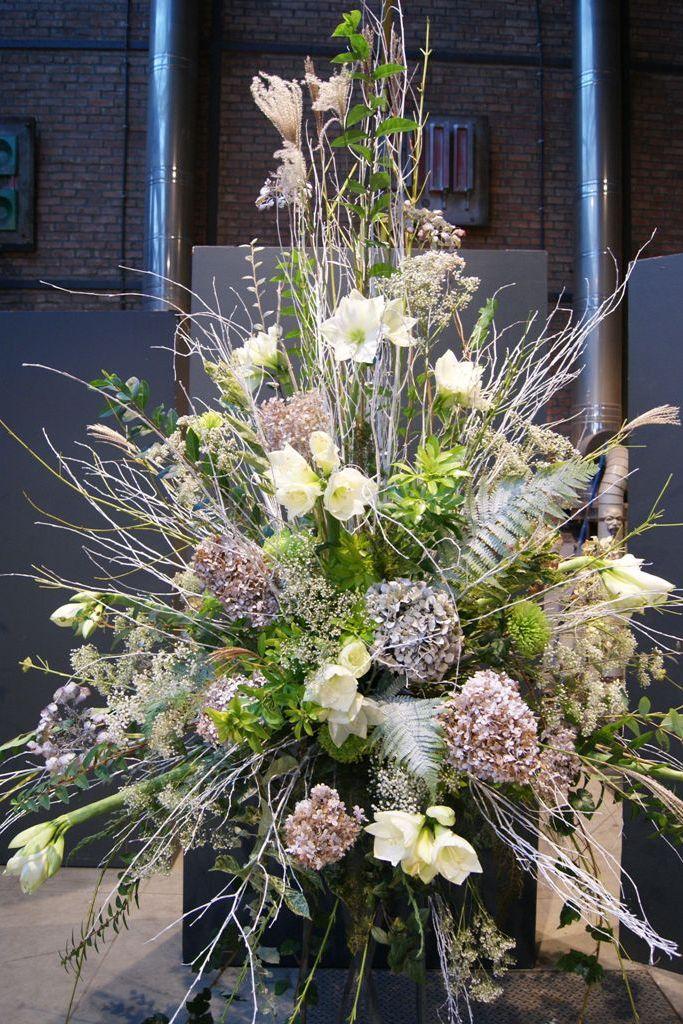 Bloemschikken en bloemsierkunst